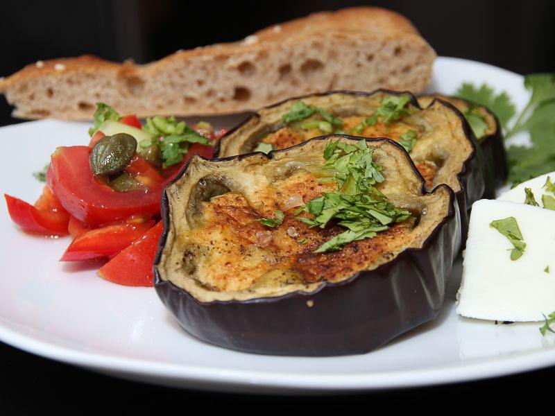 aubergine tricolore