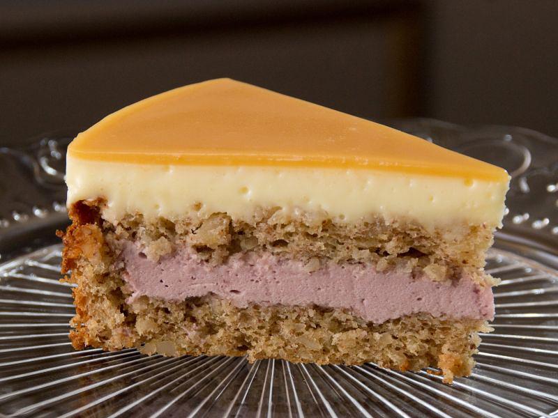 erdnuss-beeren-torte 3