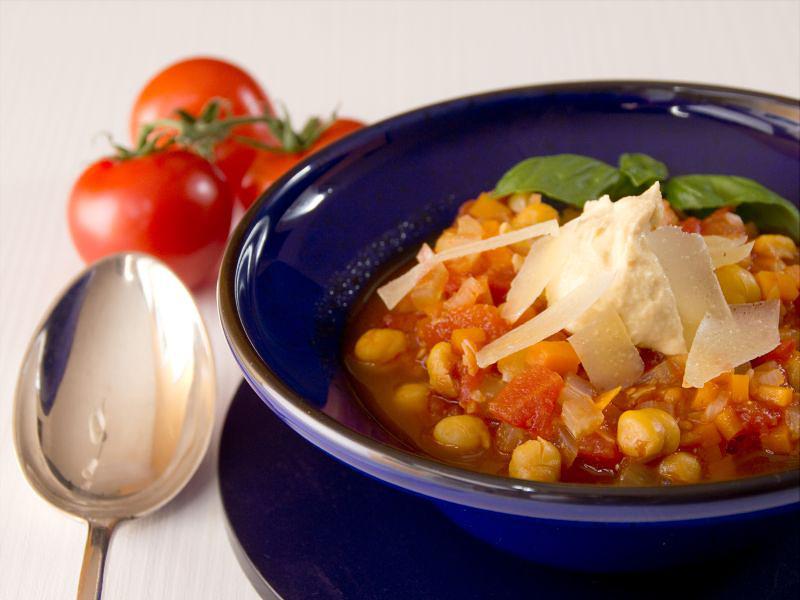 minestrone mit hummus 11