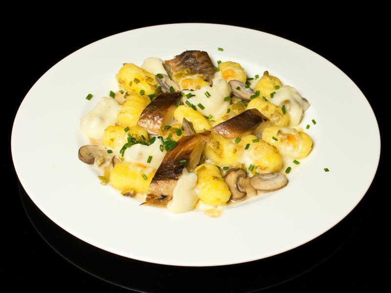 Olivengnocchi mit Pilzrahmsosse und Makrele 6