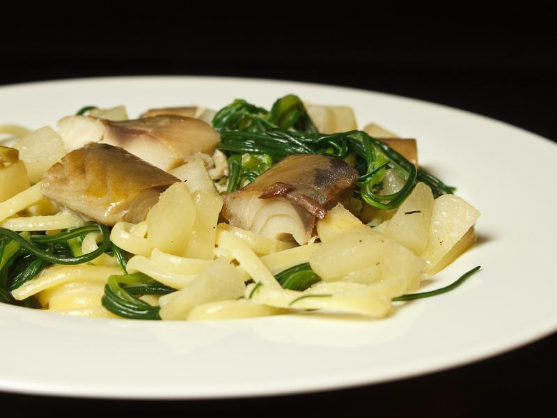 Makrele mit Pasta und Mönchsbart 4